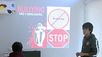 "Escola Afonso de Paiva combate o ""bullying"""