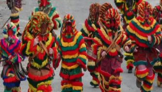 O Carnaval em português