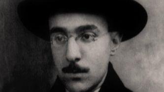 A infinita busca de Fernando Pessoa