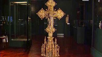 Cruz manuelina é estrela da Sé Catedral do Funchal