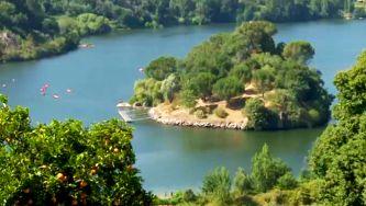 Uma ilha deserta no rio Douro