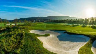 Conheça um campo de golfe