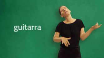 Instrumentos musicais em Língua Gestual