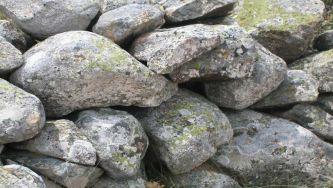 Radão, o gás silêncioso do granito